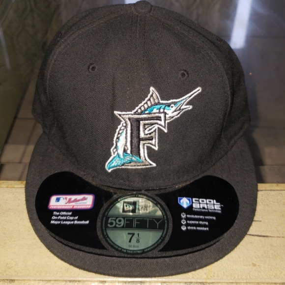 2f3c667ab4d New Era 5950 Florida Marlins fitted